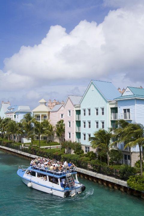 Những thị trấn sát biển đầy màu sắc trên khắp thế giới - ảnh 11
