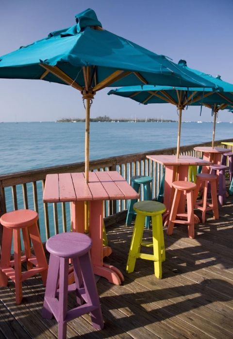 Những thị trấn sát biển đầy màu sắc trên khắp thế giới - ảnh 2