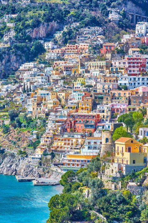 Những thị trấn sát biển đầy màu sắc trên khắp thế giới - ảnh 4