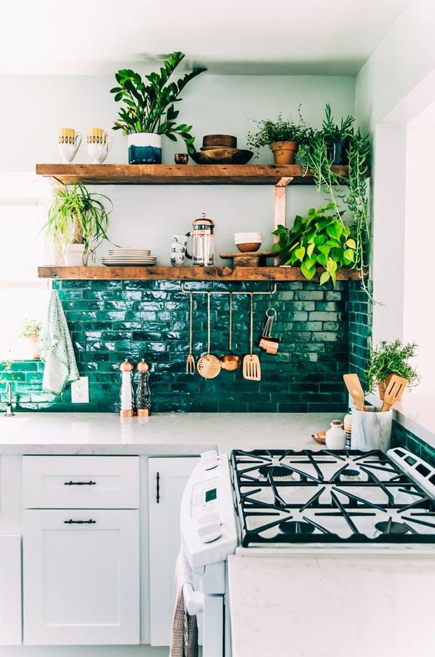 Tạo điểm nhấn nổi bật cho không gian trong nhà bằng màu xanh lá dịu mát - ảnh 4
