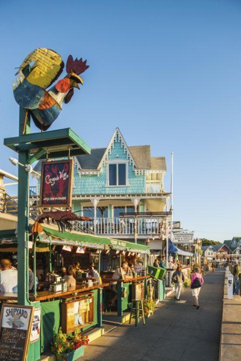 Những thị trấn sát biển đầy màu sắc trên khắp thế giới - ảnh 7