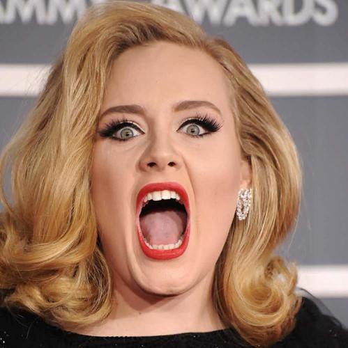 Những khoảnh khắc xấu hổ nhất của Adele mỗi khi nhìn lại - Ảnh 4.
