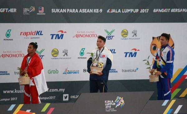 Ngày 18/9, bơi và cử tạ mang vàng về cho đoàn thể thao NKT Việt Nam tại ASEAN Para Games 9 - Ảnh 2.