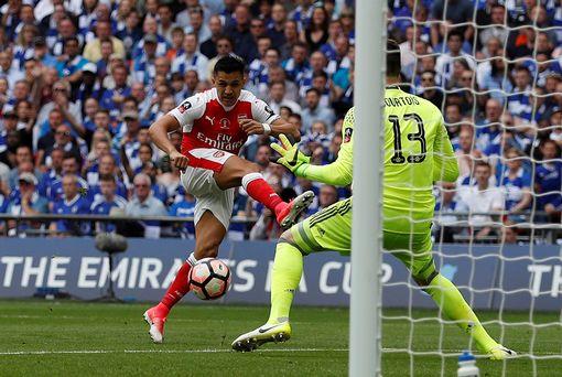 Những hình ảnh đáng nhớ trong ngày đăng quang FA Cup thứ 13 của Arsenal - Ảnh 4.