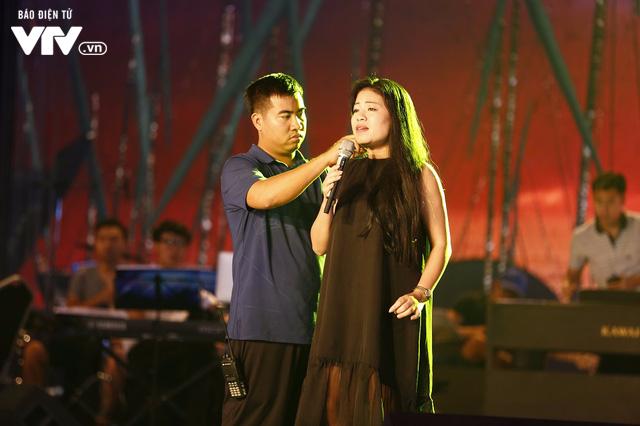 Dàn ca sĩ Sao Mai đời đầu sẵn sàng cháy hết mình trong đêm Gala 20 năm - Ảnh 4.