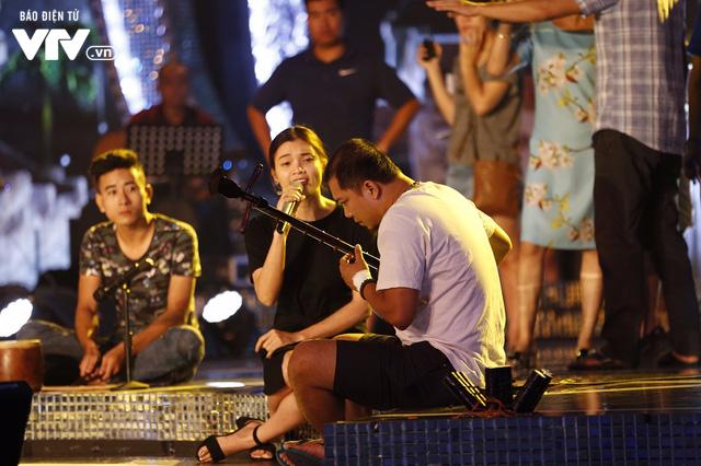 Dàn ca sĩ Sao Mai đời đầu sẵn sàng cháy hết mình trong đêm Gala 20 năm - Ảnh 6.