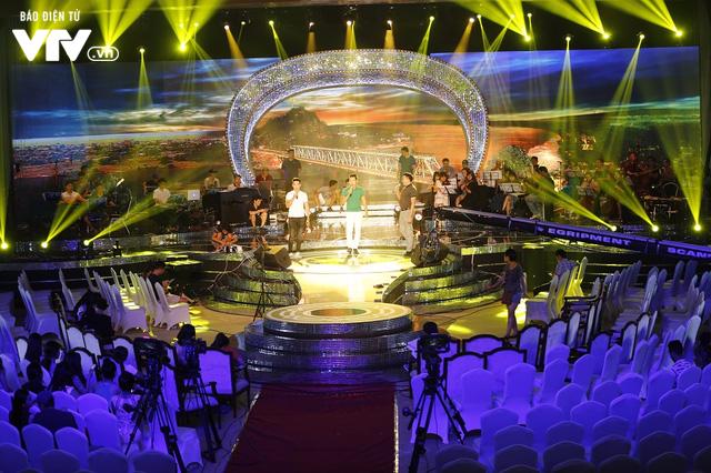 Dàn ca sĩ Sao Mai đời đầu sẵn sàng cháy hết mình trong đêm Gala 20 năm - Ảnh 10.