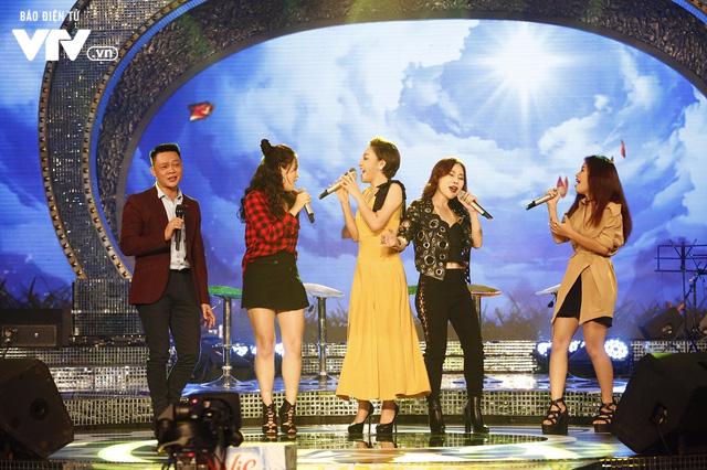 Top 12 thí sinh Chung kết Sao Mai 2017 quẩy tưng bừng tại Bữa trưa vui vẻ - Ảnh 8.