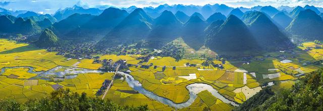 Việt Nam đẹp ngỡ ngàng khi nhìn từ trên cao - Ảnh 4.