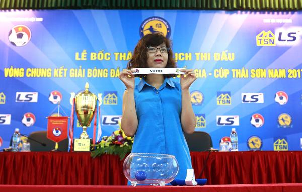 Bốc thăm xếp lịch thi đấu VCK giải bóng đá Vô địch U17 Quốc gia 2017 - Ảnh 1.