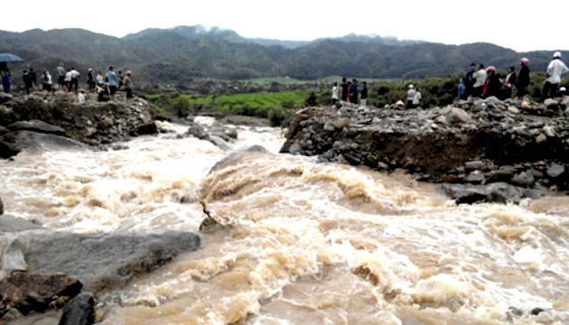 Mưa lũ gây thiệt hại 2.800 tỷ đồng tại các tỉnh miền Trung - Ảnh 1.