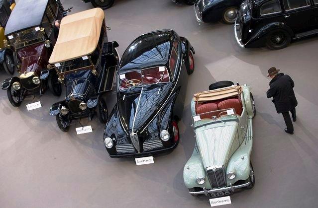 Bộ sưu tập xe cổ tại Pháp - Ảnh 3.