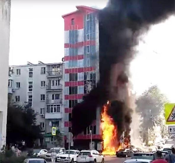 Cháy khách sạn tại Nga, ít nhất 2 người thiệt mạng - Ảnh 3.