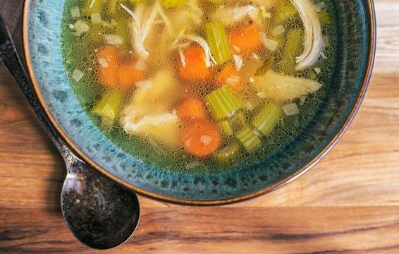 Người bị cảm cúm không nên bỏ qua những thực phẩm sau - Ảnh 1.