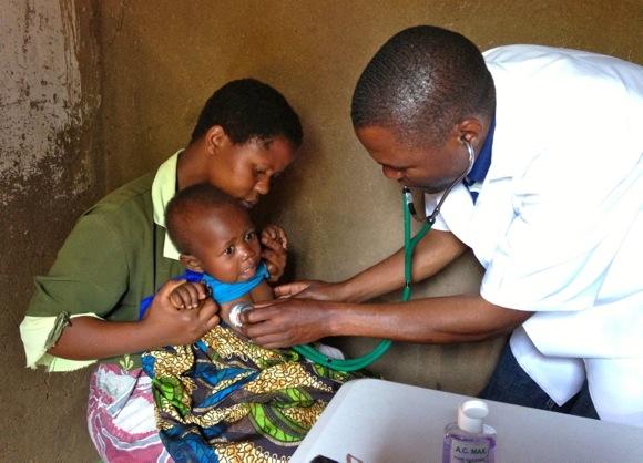 Ước mơ chữa bệnh cứu người của chàng kỹ sư trẻ ở Malawi
