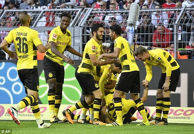 Kết quả bóng đá rạng sáng 18/9: Man Utd thắng nhàn, Dortmund chiếm ngôi đầu Bundesliga - Ảnh 10.