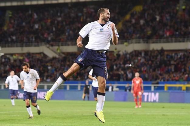 Kết quả bóng đá quốc tế rạng sáng 7/10: Tây Ban Nha thắng dễ, Italia bất ngờ mất điểm - Ảnh 2.
