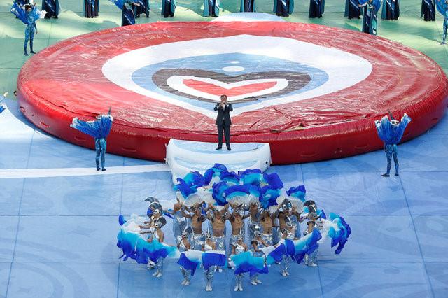 Chùm ảnh: Ấn tượng lễ khai mạc Cúp Liên đoàn các châu lục 2017 - Ảnh 21.