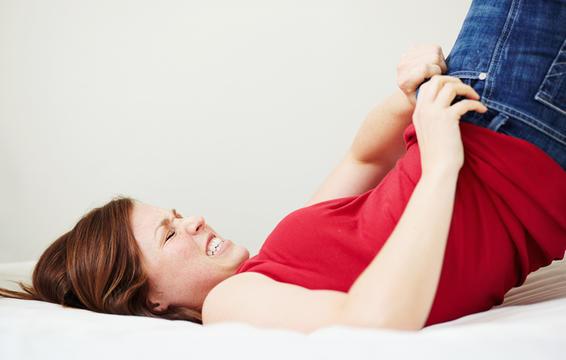 Một số dấu hiệu tố bạn có vấn đề về dạ dày - Ảnh 2.