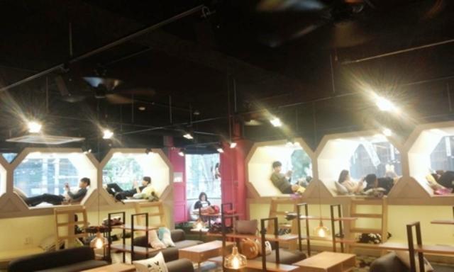 Sự trở lại của những quán cà phê truyện tranh tại Hàn Quốc - Ảnh 1.