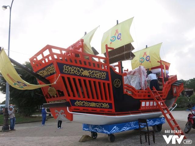 Độc đáo con thuyền biểu tượng văn hoá Việt - Nhật ở Hội An - Ảnh 1.