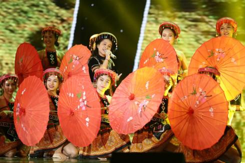 Nhìn lại top 15 thí sinh xuất sắc nhất của Giọng hát Việt nhí 2017 - Ảnh 7.