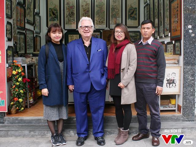 Cùng Đại sứ Hy Lạp khám phá hình tượng con gà trong tranh dân gian Việt Nam - Ảnh 7.