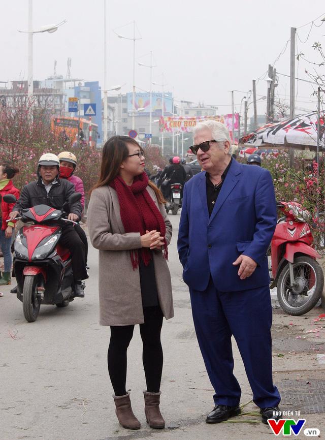 Cùng Đại sứ Hy Lạp khám phá hình tượng con gà trong tranh dân gian Việt Nam - Ảnh 9.
