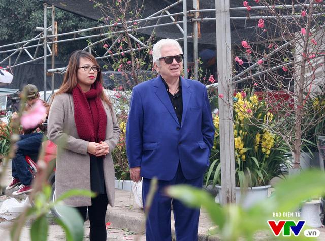 Cùng Đại sứ Hy Lạp khám phá hình tượng con gà trong tranh dân gian Việt Nam - Ảnh 8.