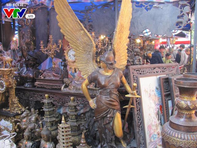 Đi chợ đồ cổ Hàng Lược những ngày giáp Tết Đinh Dậu - Ảnh 11.