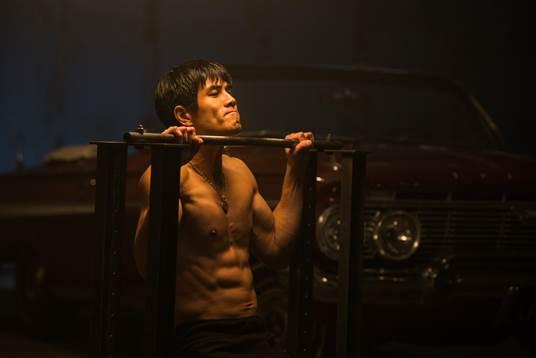 Birth Of Bruce Lee - Huyền thoại Lý Tiểu Long sống lại trên màn ảnh rộng - Ảnh 1.