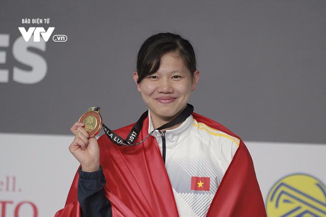 Ánh Viên chia nửa vui buồn trong ngày lập kỷ lục tại SEA Games 29 - Ảnh 1.