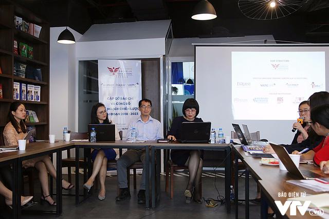 Tổ chức Giáo dục Hoa Kỳ góp phần vào xu thế mới giảng dạy tiếng Anh tại Việt Nam - Ảnh 1.