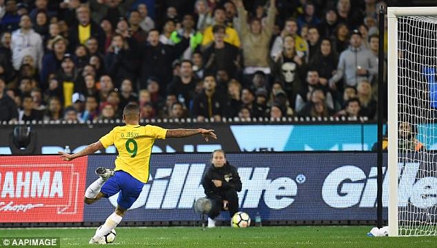 Giao hữu quốc tế: ĐT Brazil 0-1 ĐT Argentina: Màn ra mắt thành công của HLV Jorge Sampaoli - Ảnh 4.