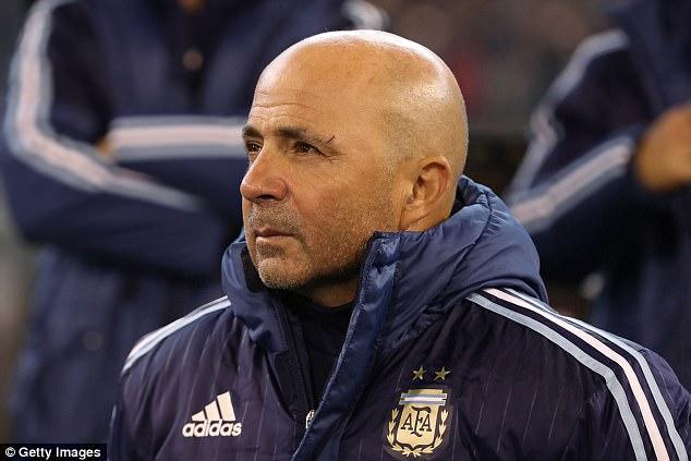 Giao hữu quốc tế: ĐT Brazil 0-1 ĐT Argentina: Màn ra mắt thành công của HLV Jorge Sampaoli - Ảnh 5.