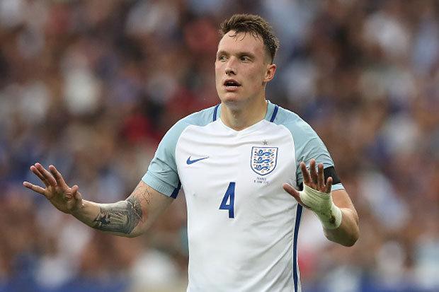 Dự đoán danh sách ĐT Anh tại World Cup 2018: Smalling, Sturridge mất suất? - Ảnh 2.