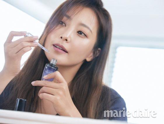 Vẻ trẻ đẹp khó tin của Kim Hee Sun ở tuổi U40 - Ảnh 3.