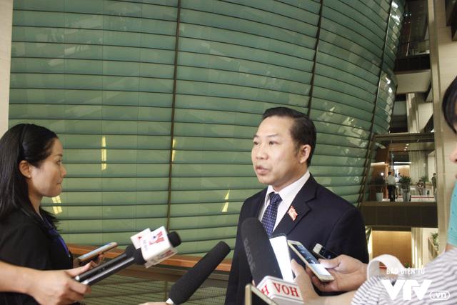ĐBQH hài lòng với phần trả lời của Thủ tướng và 4 Tư lệnh ngành - Ảnh 1.