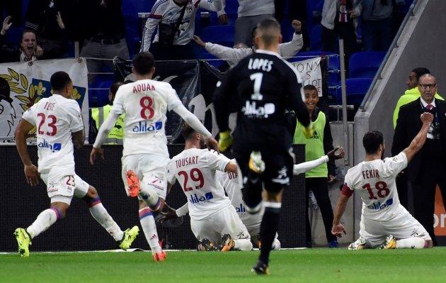 Vòng 9 Ligue 1, Lyon 3-2 Monaco: Kịch tính đến phút chót - Ảnh 3.