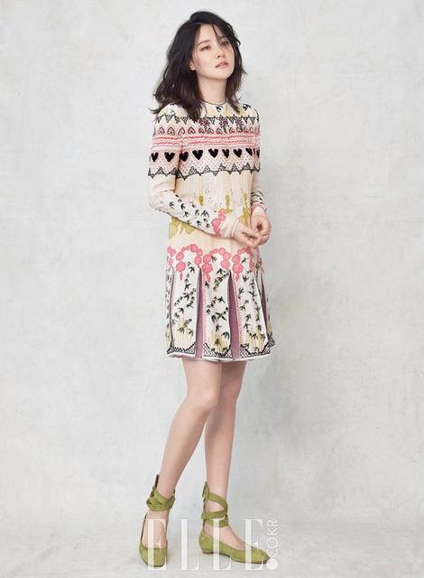 Thổn thức với vẻ đẹp tựa sương mai của Lee Young Ae - Ảnh 3.