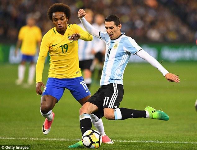 Giao hữu quốc tế: ĐT Brazil 0-1 ĐT Argentina: Màn ra mắt thành công của HLV Jorge Sampaoli - Ảnh 2.