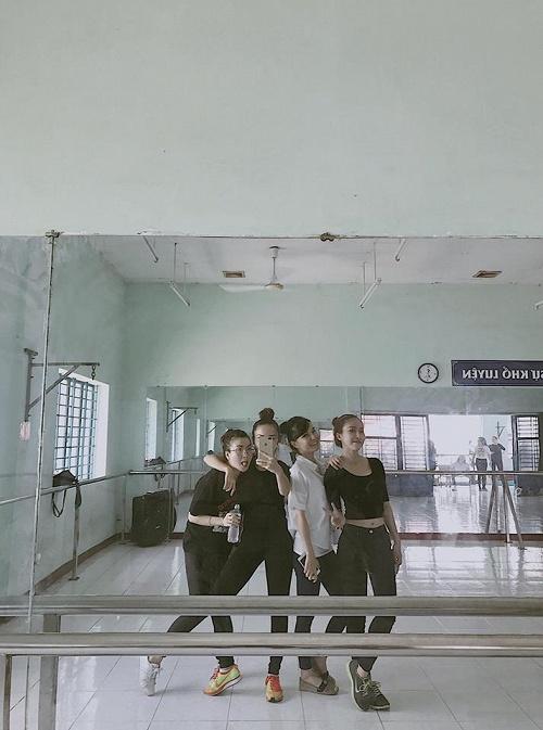 Hương Giang bắt tay tác giả của Sing My Song, Yến Trang mang nhóm Mây Trắng tới The Remix - Ảnh 2.