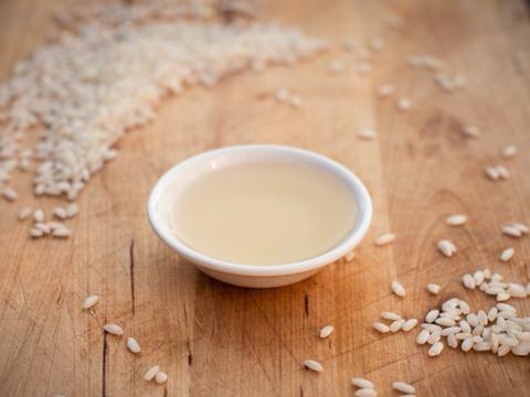 Giấm gạo và những lợi ích tốt cho sức khỏe - Ảnh 1.