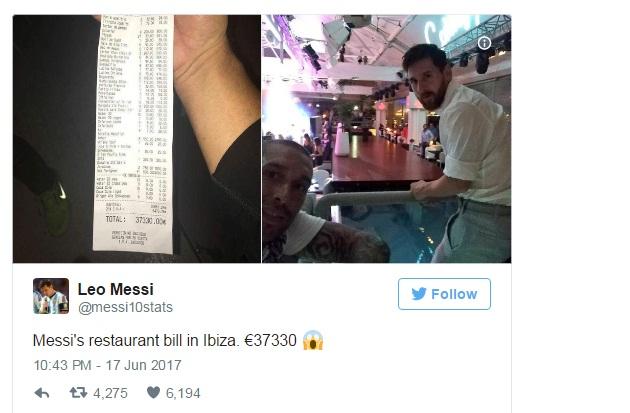 Messi gọi 41 chai sâm-panh, 27 bánh pizza đãi Suarez và Fabregas - Ảnh 1.