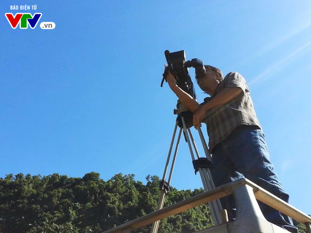 Chuyện vui trên đường tác nghiệp: Chú quay phim giống nhạc sĩ Trần Tiến - Ảnh 2.