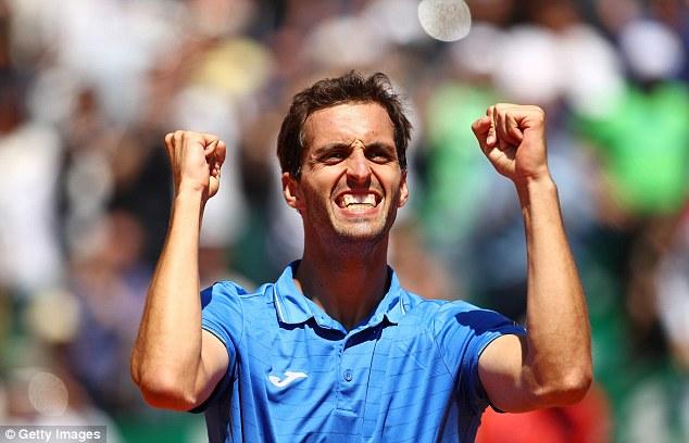 Monte Carlo Masters 2017: Andy Murray dừng bước tại vòng 3 - Ảnh 2.