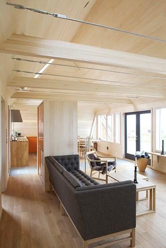 Cải tạo ngôi nhà mái ngói 50 năm tuổi thành nơi sống đầy tiện nghi - Ảnh 8.