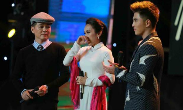 Con gái Chế Linh rơi nước mắt trên sóng truyền hình, Chi Pu đối đầu Trịnh Thăng Bình - Ảnh 4.