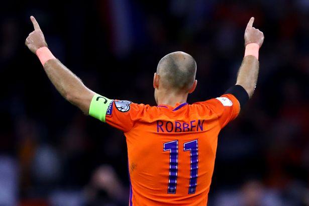 Đội hình ngôi sao vắng mặt gây thương nhớ nhất World Cup 2018 - Ảnh 9.