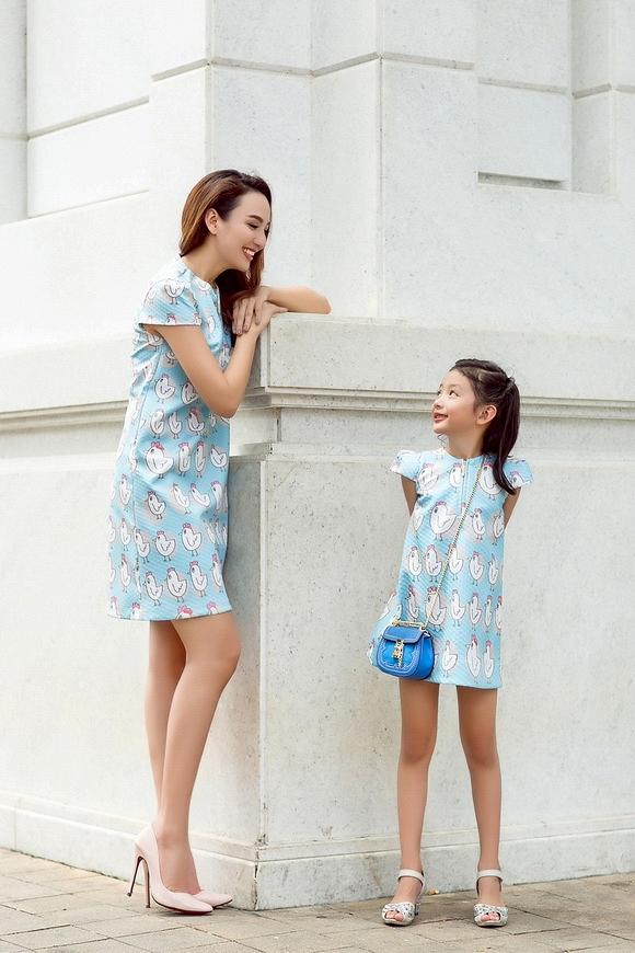 Hoa hậu Du lịch Ngọc Diễm rạng rỡ bên con gái yêu - Ảnh 5.